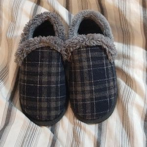 Other - Toddler boys slippers